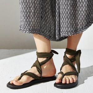 Yoga mat sandal